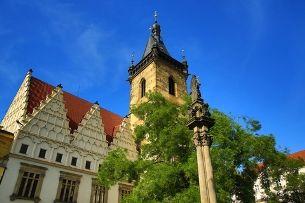 Neustädter Rathaus: wie aus dem Richtplatz eine kulturelle Hochburg der Metropole wurde