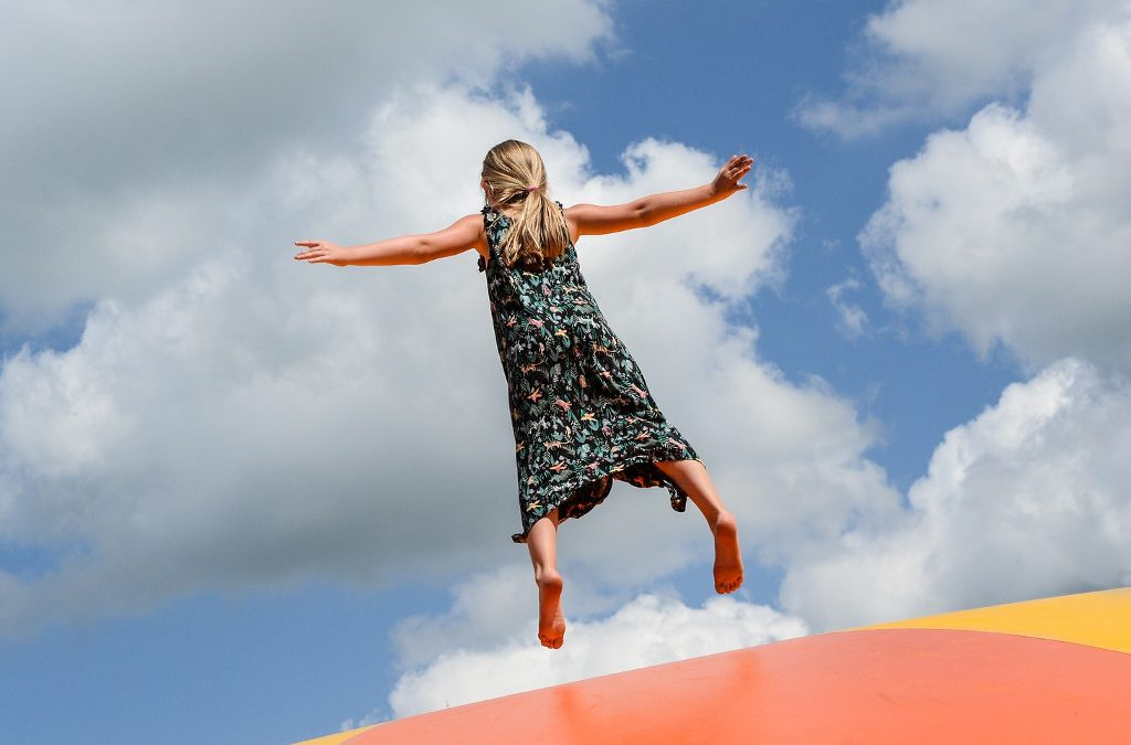 Trampolinzentren in Prag – hüpfen Sie in die sorglose Kindheit!